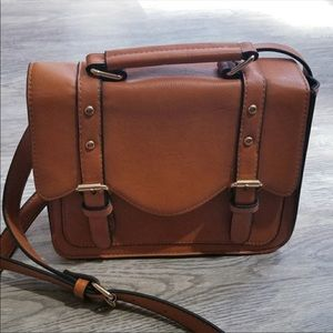 Tan/ Cognac Crossbody purse